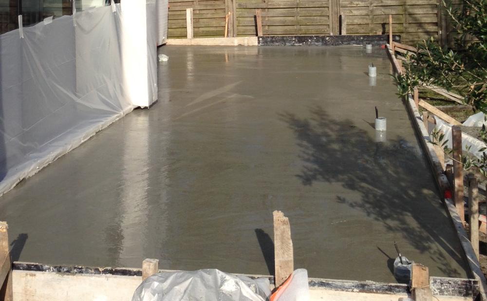 terrasse beton avec spot