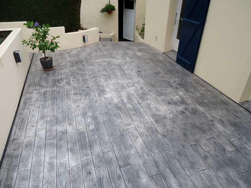 terrasse beton impression bois