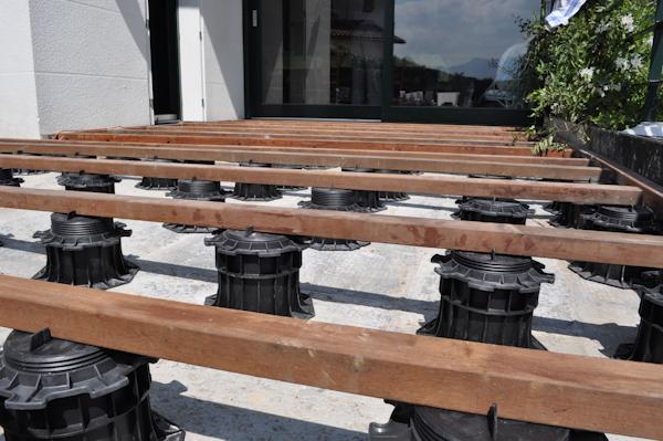 Terrasse bois composite sur plots