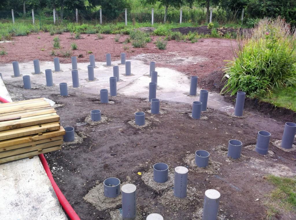 terrasse bois composite sur plots beton