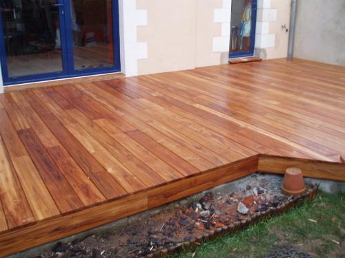 Terrasse bois couleur teck