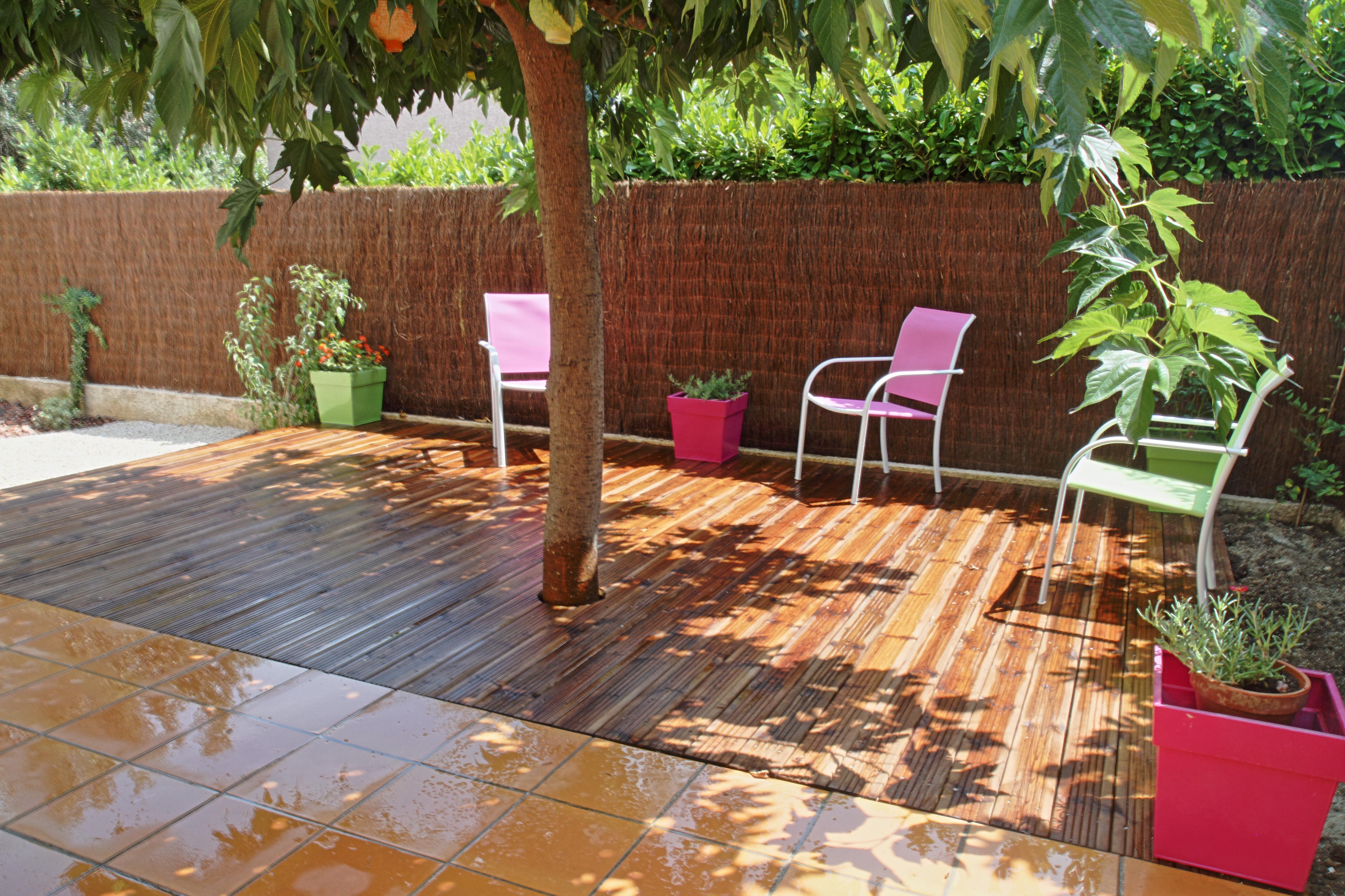 terrasse bois dans jardin