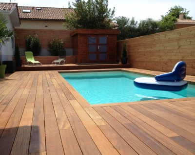 Terrasse bois piscine bordeaux