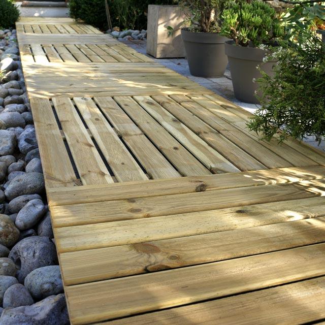 Terrasse bois sur terre castorama