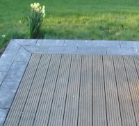 terrasse carrelage ou bois composite