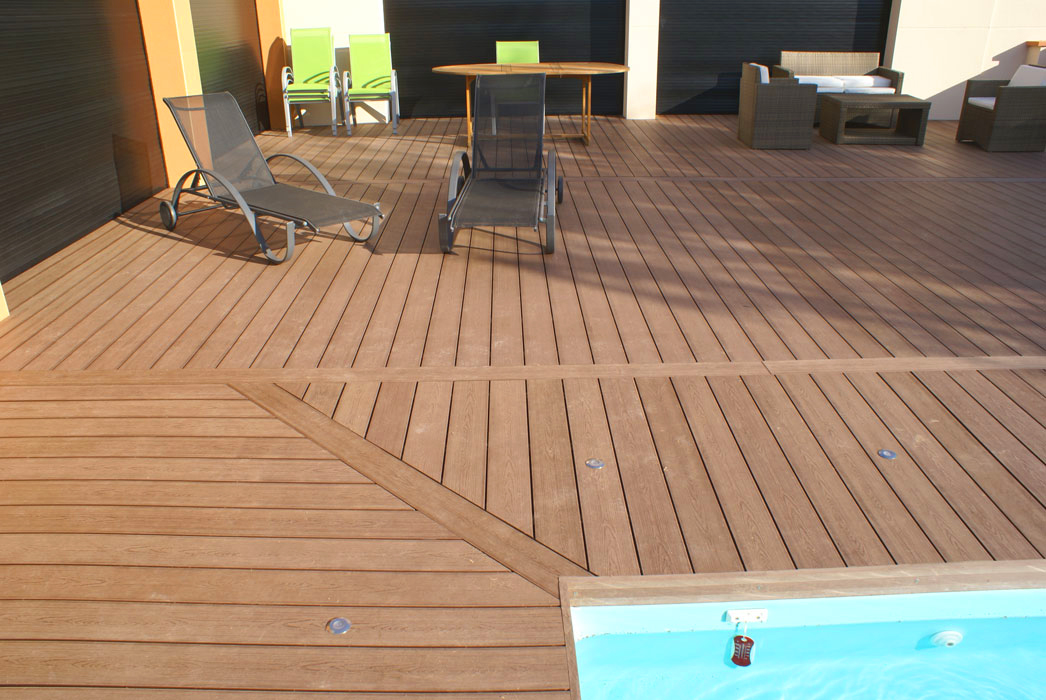terrasse composite marron
