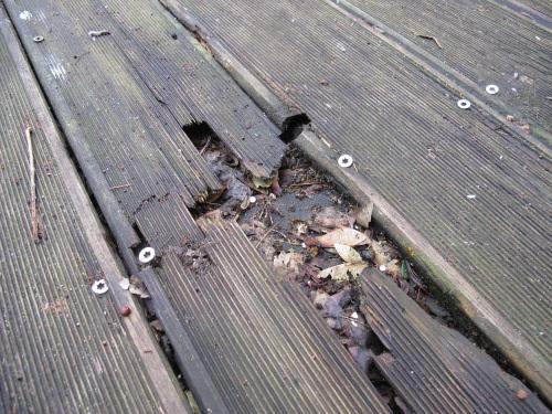 terrasse composite ou pin