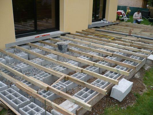 Terrasse composite sur parpaing