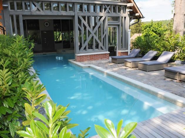 terrasse couverte maison bois piscine