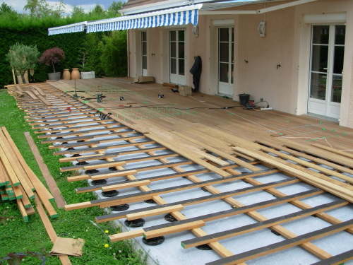 terrasse en bois sur dalle beton