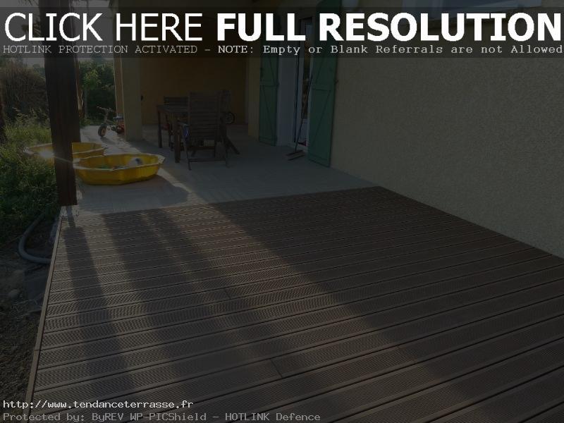 terrasse en carrelage ou composite