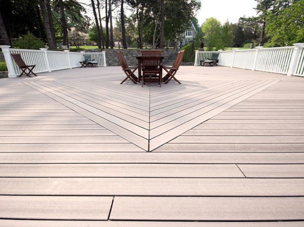 Terrasse jardin imitation bois