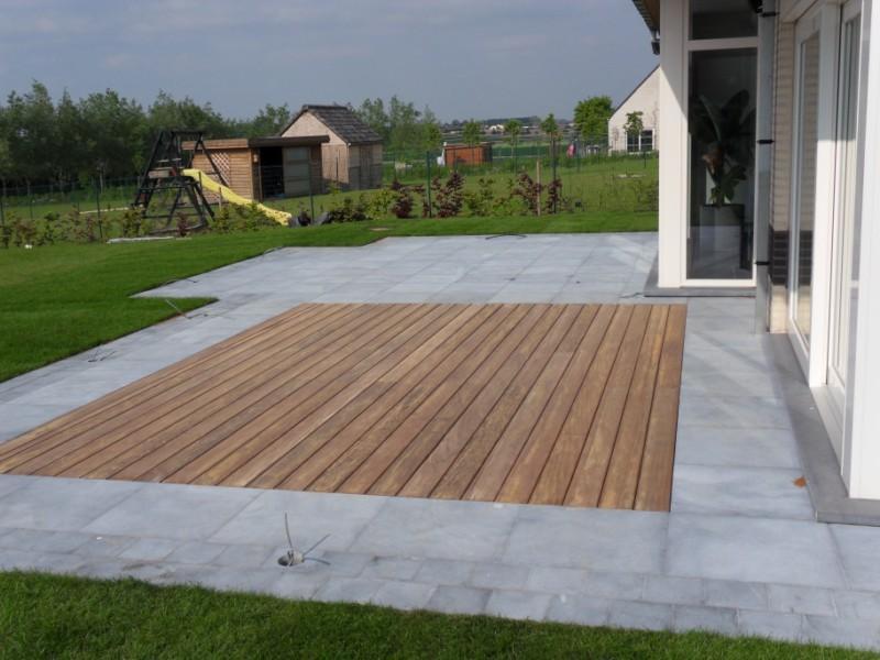 Terrasse mixte carrelage et bois
