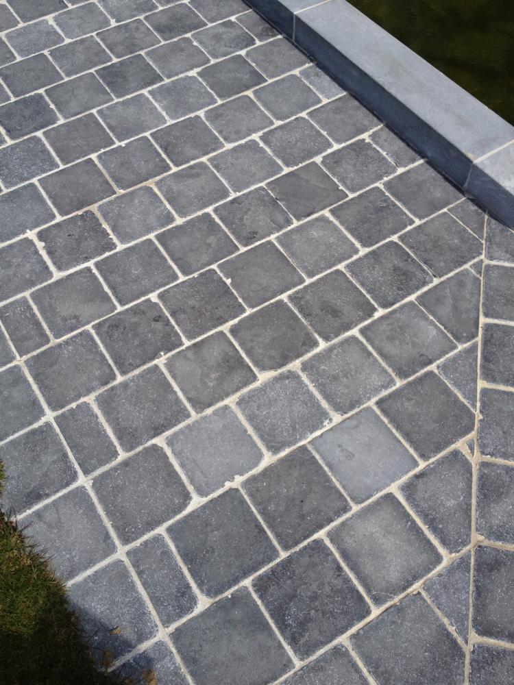 Terrasse pierre bleue 20x20