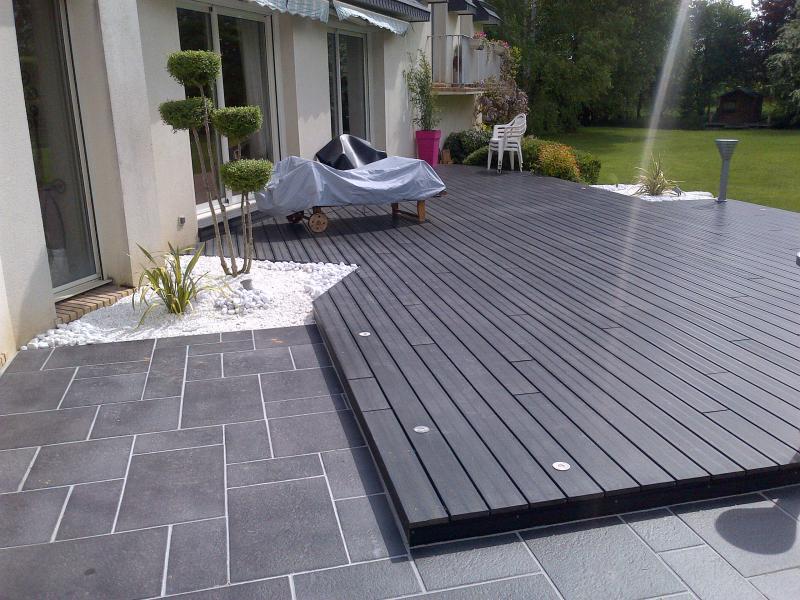 Terrasse pierre et composite