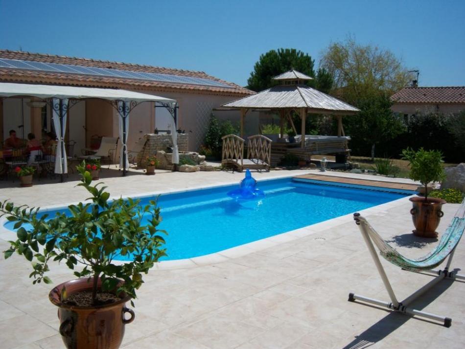 terrasse piscine exterieure