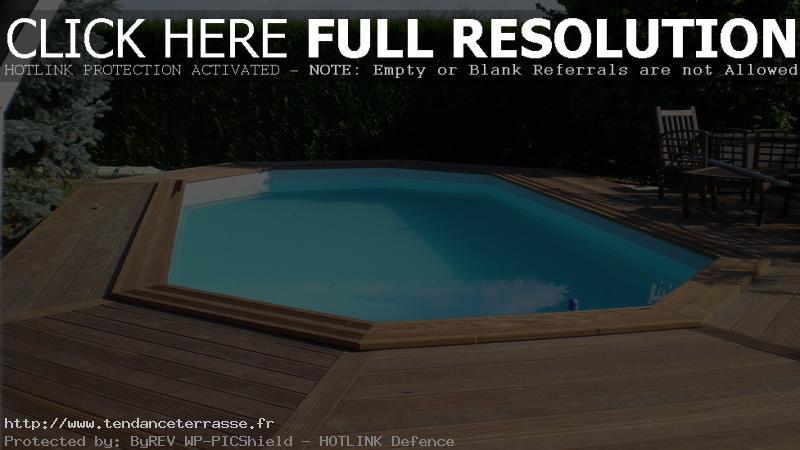 Terrasse piscine octogonale