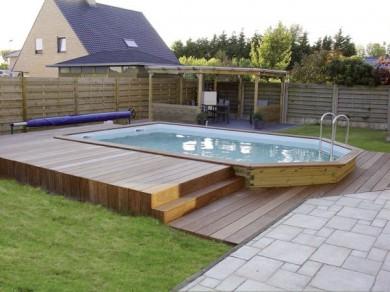 Terrasse piscine semi creusee