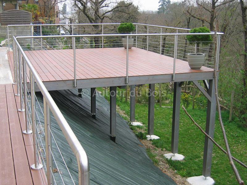 terrasse sur pilotis en fer