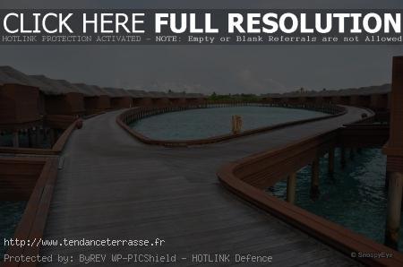 terrasse sur pilotis piscine