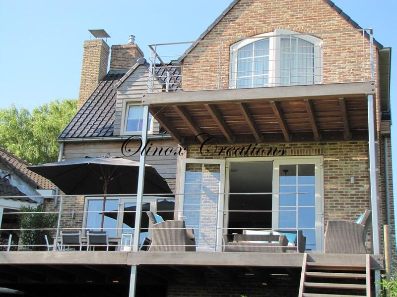 terrasse suspendue en metal belgique